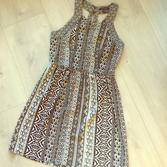 American Eagle Outfitters Dresses & Skirts - American Eagle Size 6 Animal Print Racer Back 👗